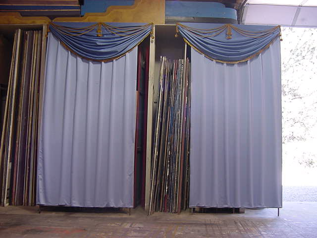 'Funny Girl' curtains